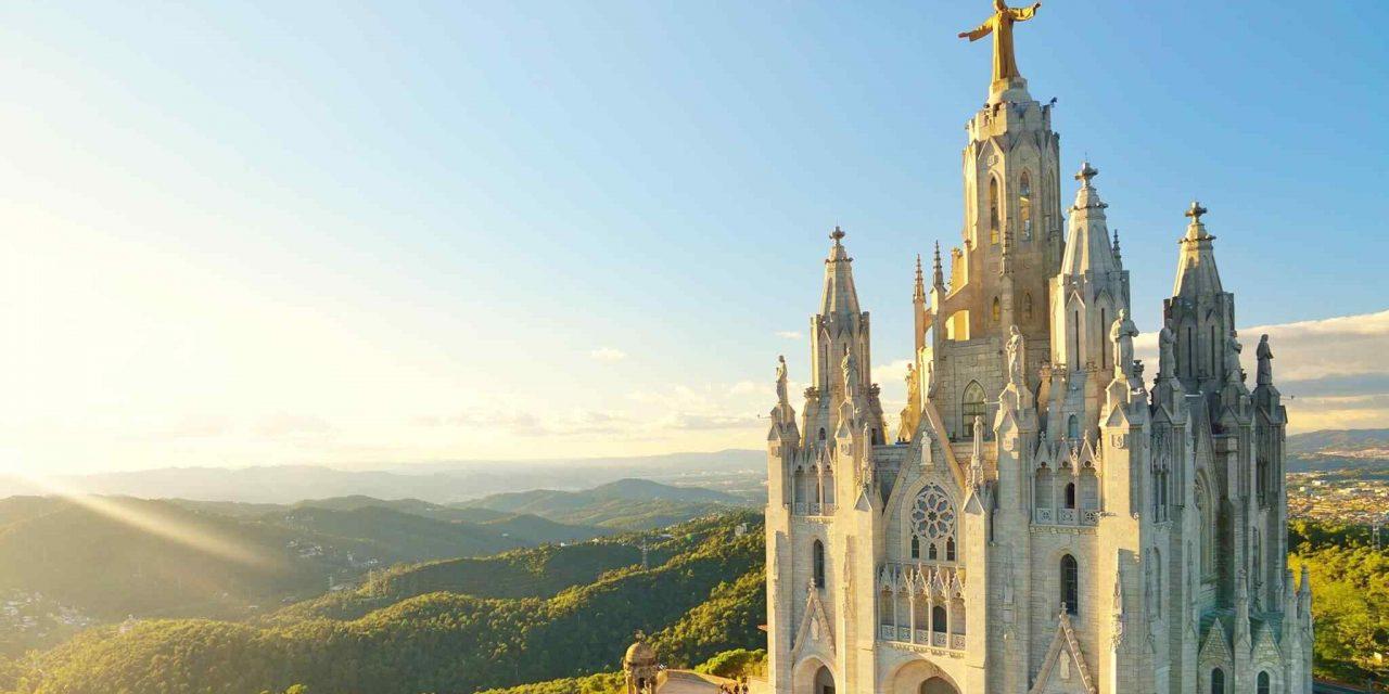 https://www.secomitravel.ro/wp-content/uploads/2018/09/destination-barcelona-02-1280x640.jpg